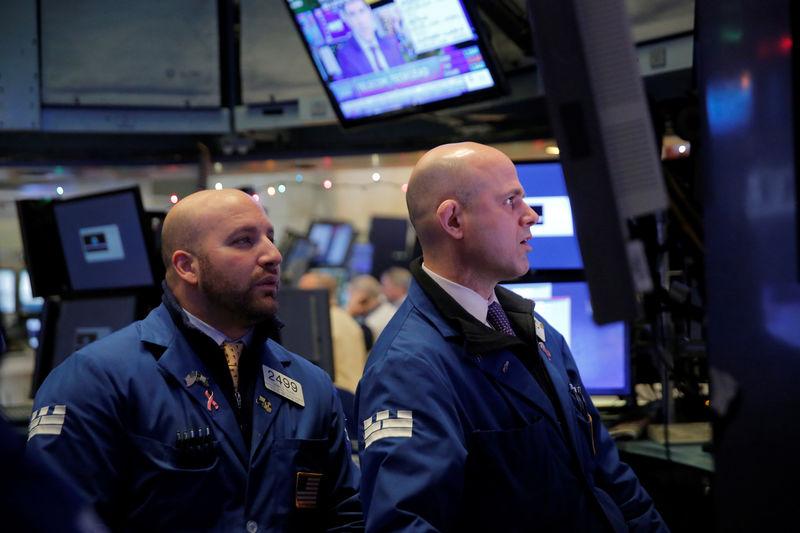 Các quỹ chứng khoán của Hoa Kỳ thu hút nhiều tiền nhất kể từ năm 2014