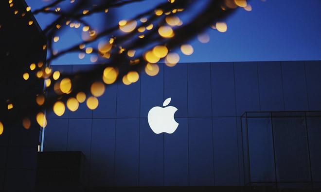 Apple bị vạ lây vì lệnh cấm Huawei. Ảnh: FatcsX.