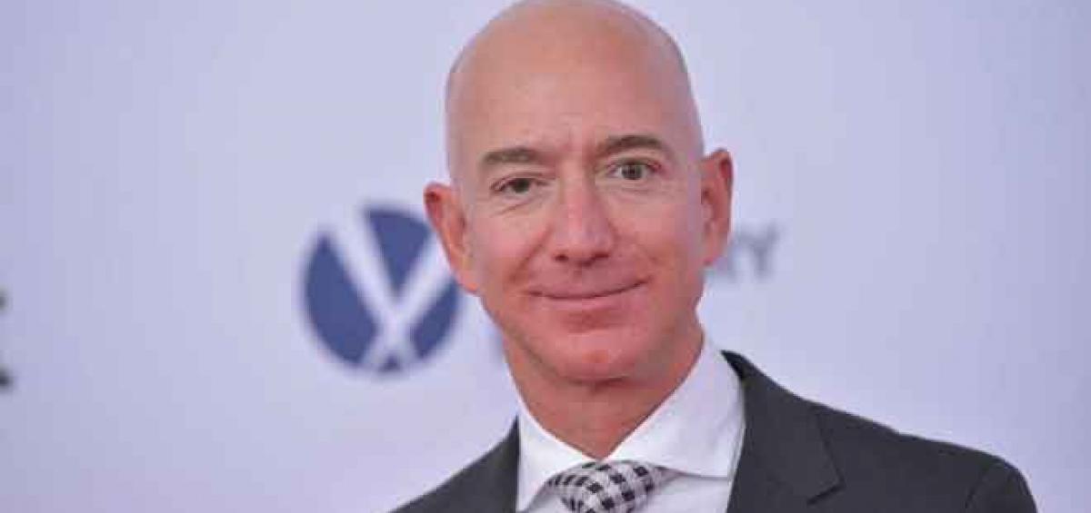 Tài sản của nhà sáng lập Amazon Jeff Bezos sụt 6,5 tỷ USD. Ảnh: Mandel Ngan/Getty Images.