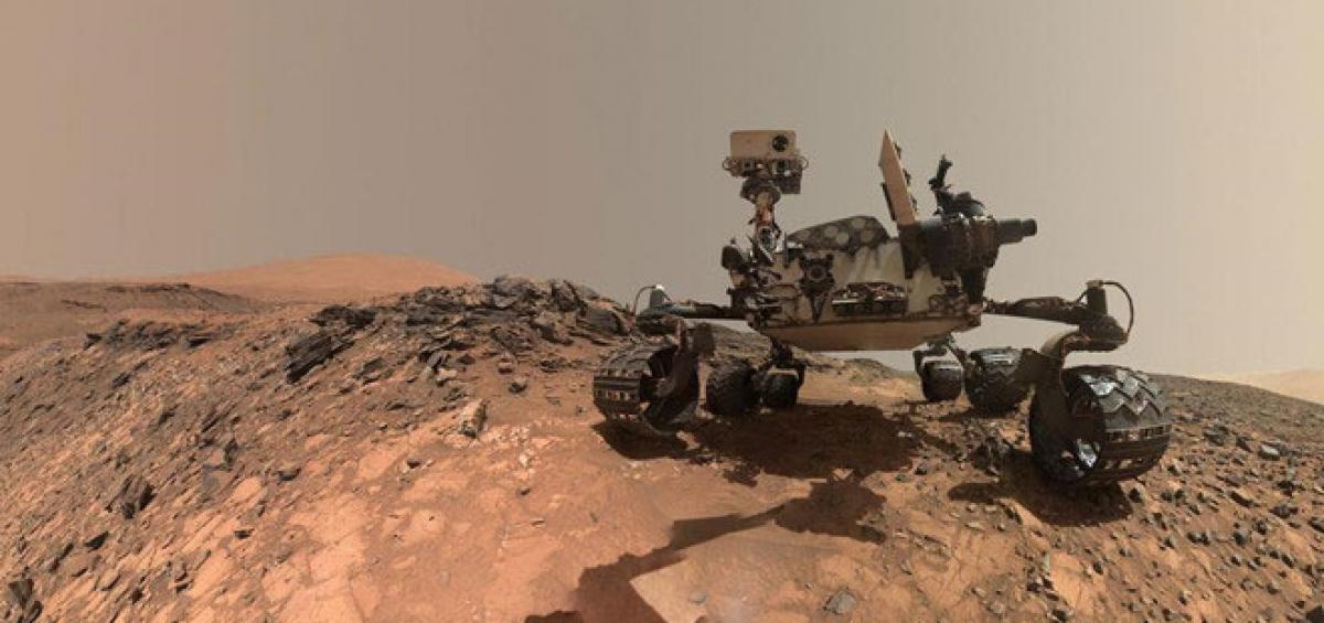 JPL là phòng nghiên cứu và điều khiển các robot hoặc vệ tinh tự hành của NASA, như robot Curiosity trên sao Hỏa. Ảnh: NASA.
