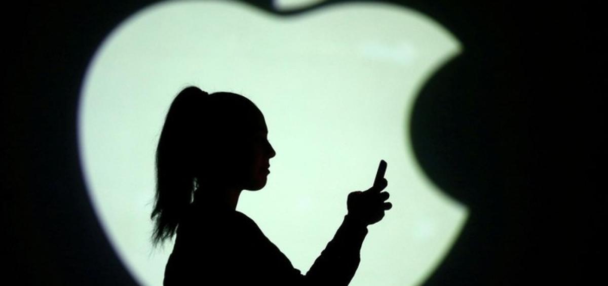 """Apple chi """"tỷ đô"""" mua một nhánh của Intel"""