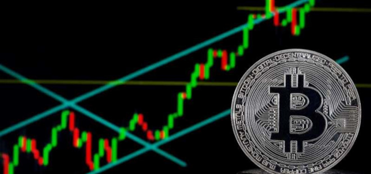 Bitcoin đã tăng hơn 200% giá trị kể từ đầu năm nay. Ảnh: CNBC.