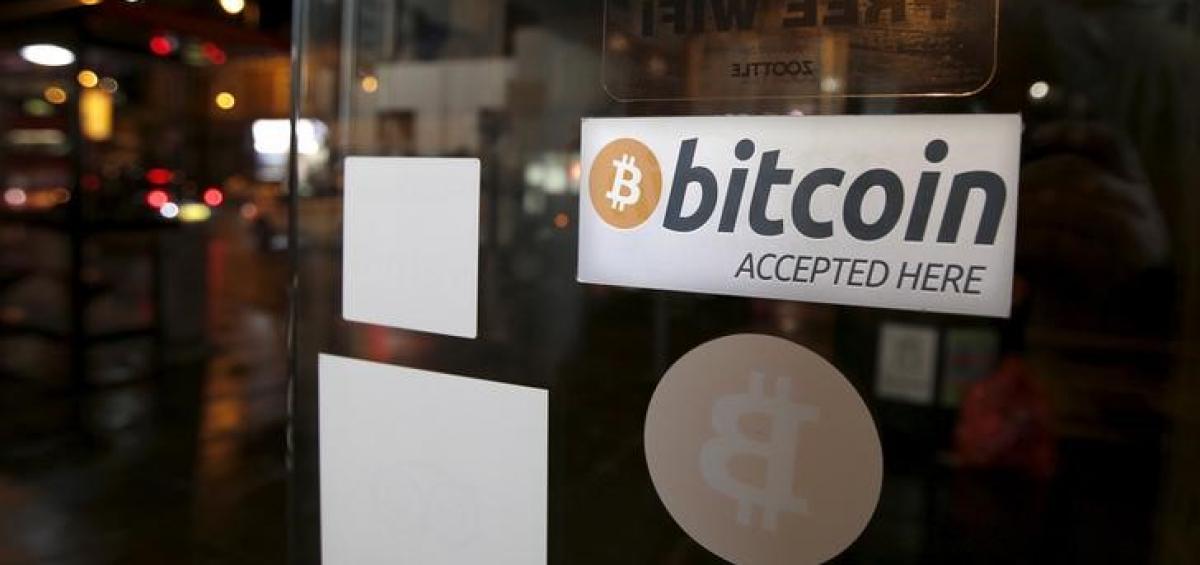 ồng Bitcoin đã tăng 2,5% lên 9.761,8 USD vào lúc 12:15 AM ET (04:15 GMT).