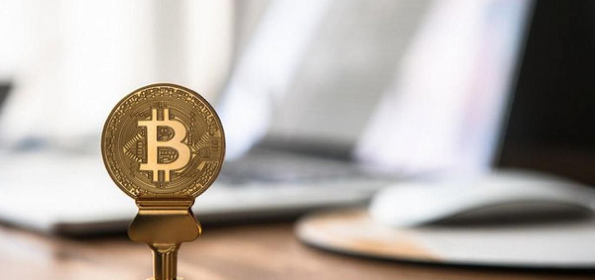 Bitcoin tiếp tục 'đổ vỡ', sắp về 3.000 USD?