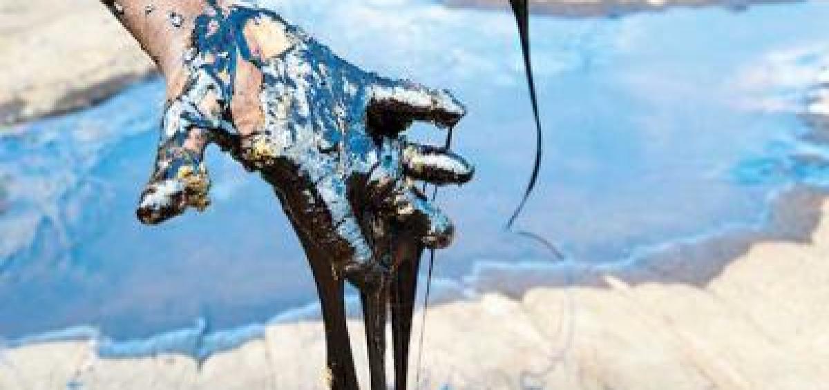 Giá dầu tăng vọt gần 4% sau thông tin về vụ không kích ở Baghdad