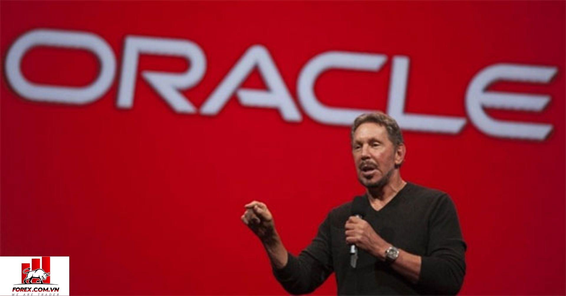Larry Ellison - giám đốc công nghệ và đồng sáng lập hãng phần mềm khổng lồ Oracle
