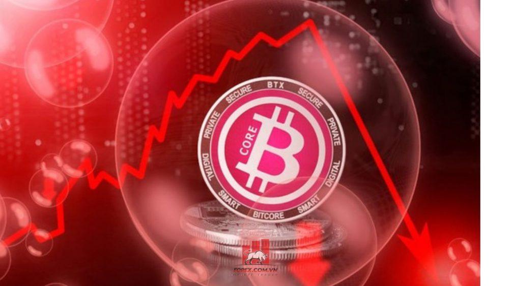 đồng bitcoin giảm mạnh từ mức đỉnh