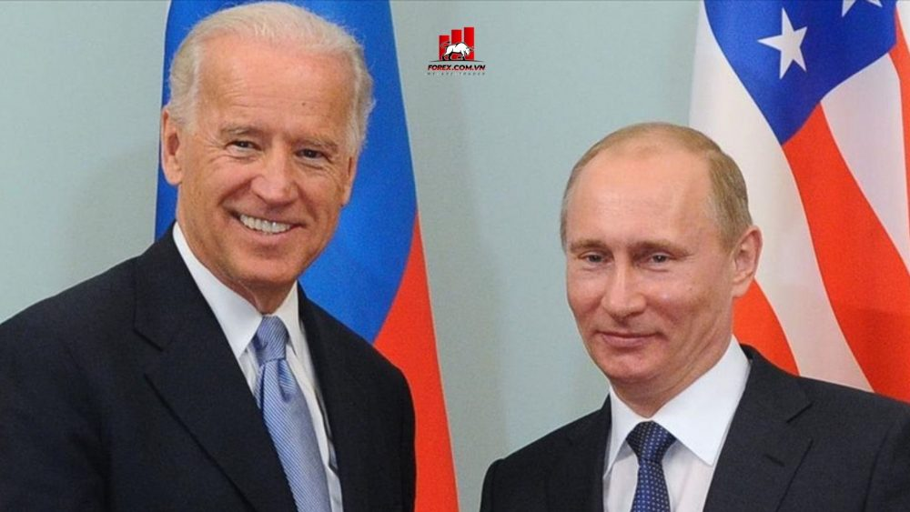 Biden gọi điện cho Putin đề nghị họ gặp nhau ở nước thứ ba do lo ngại căng thẳng tại Ukraine