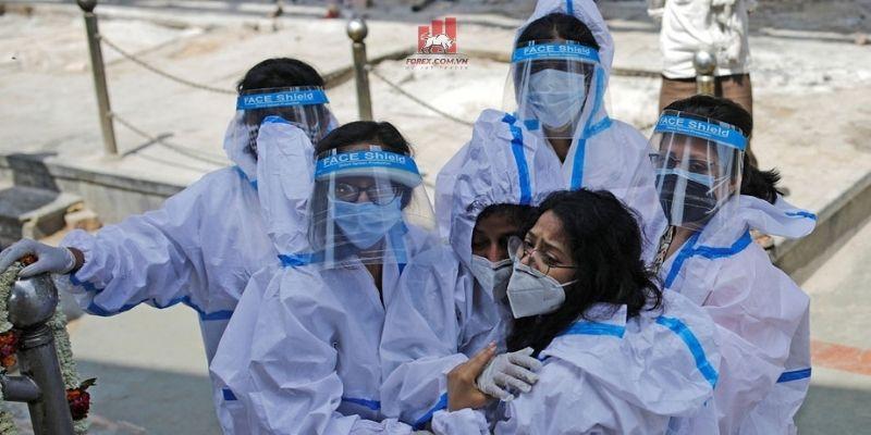 Hệ thống y tế Ấn Độ rơi vào khủng hoảng