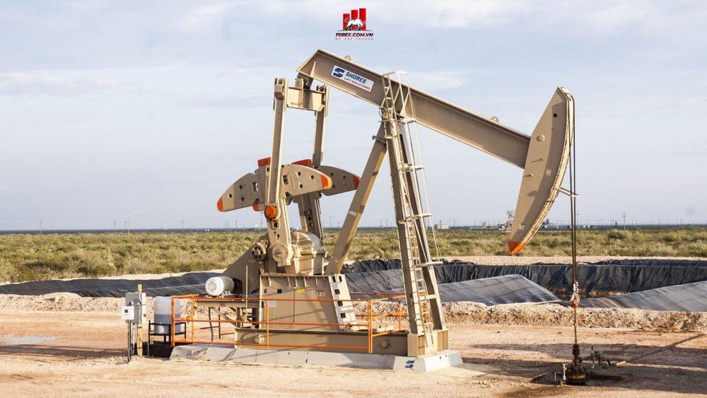 giá dầu thô thế giới tăng