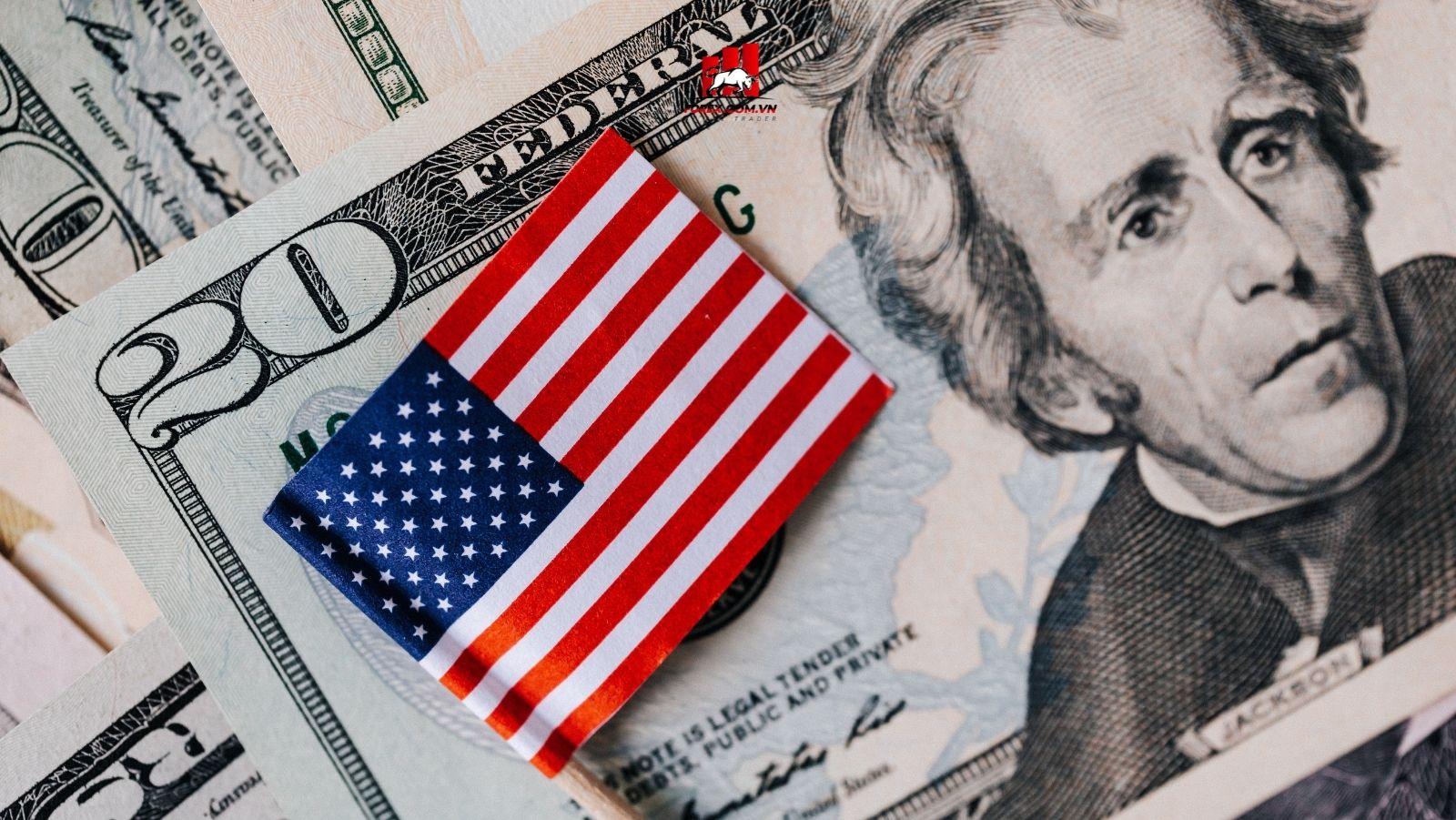 Lợi suất trái phiếu tăng vàng trượt giá