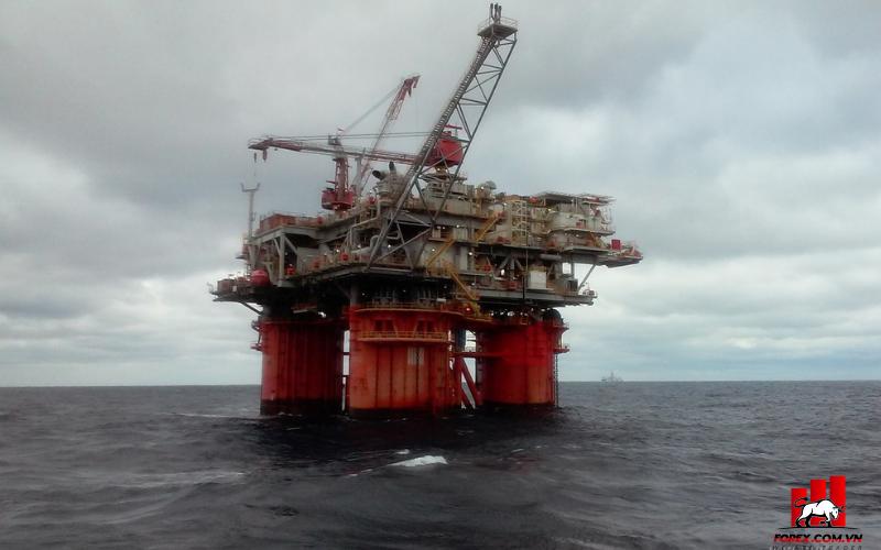 Giá dầu tiếp tục tăng do lo ngại một cơn bão khác làm gián đoạn nguồn cung của Mỹ 1