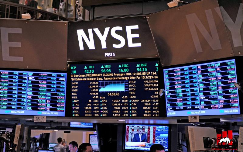 S&P 500, Nasdaq có mức đóng cửa kỷ lục do cổ phiếu năng lượng phục hồi trở lại