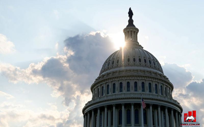 Thượng viện Hoa Kỳ đạt được thỏa thuận tạm thời trong bế tắc trần nợ 1